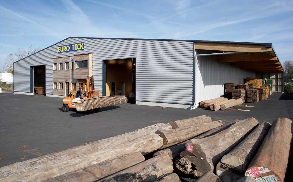 Nantes bois massifs ou planches en teck