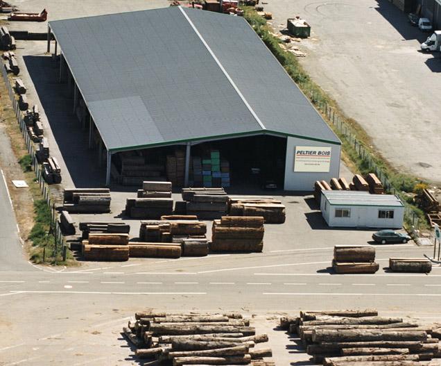 Peltier Bois Nantes - Nantes bois massifs ou planches en bois exotique, bois de pays, bois du Nord, bois américains