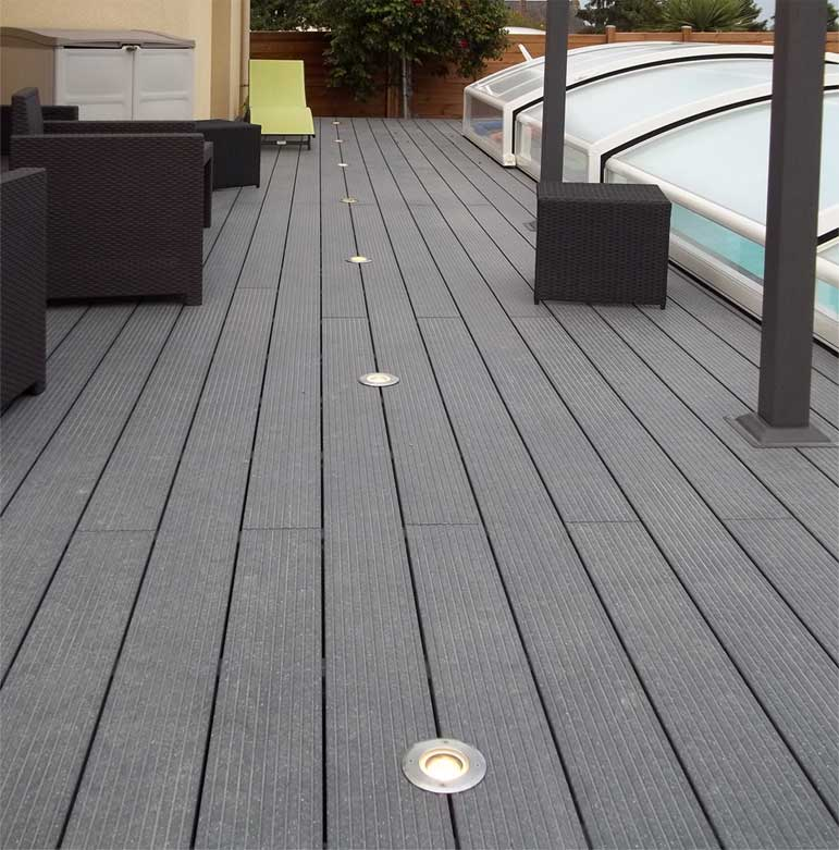 Produits bois composite terrasses for Lame de terrasse en composite